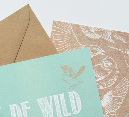 geboortekaartje met vogeltjes wit mintgroen op karton
